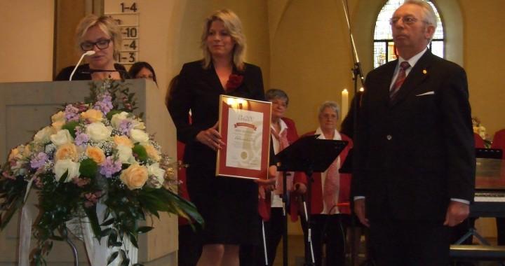 Rolf Wittmann wird zum Ehrenvorsitzenden ernannt